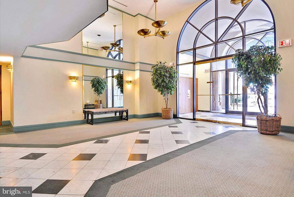 Lobby - 2725 CONNECTICUT AVE NW #107, WASHINGTON