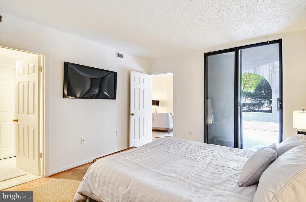 Bedroom - 2725 CONNECTICUT AVE NW #107, WASHINGTON