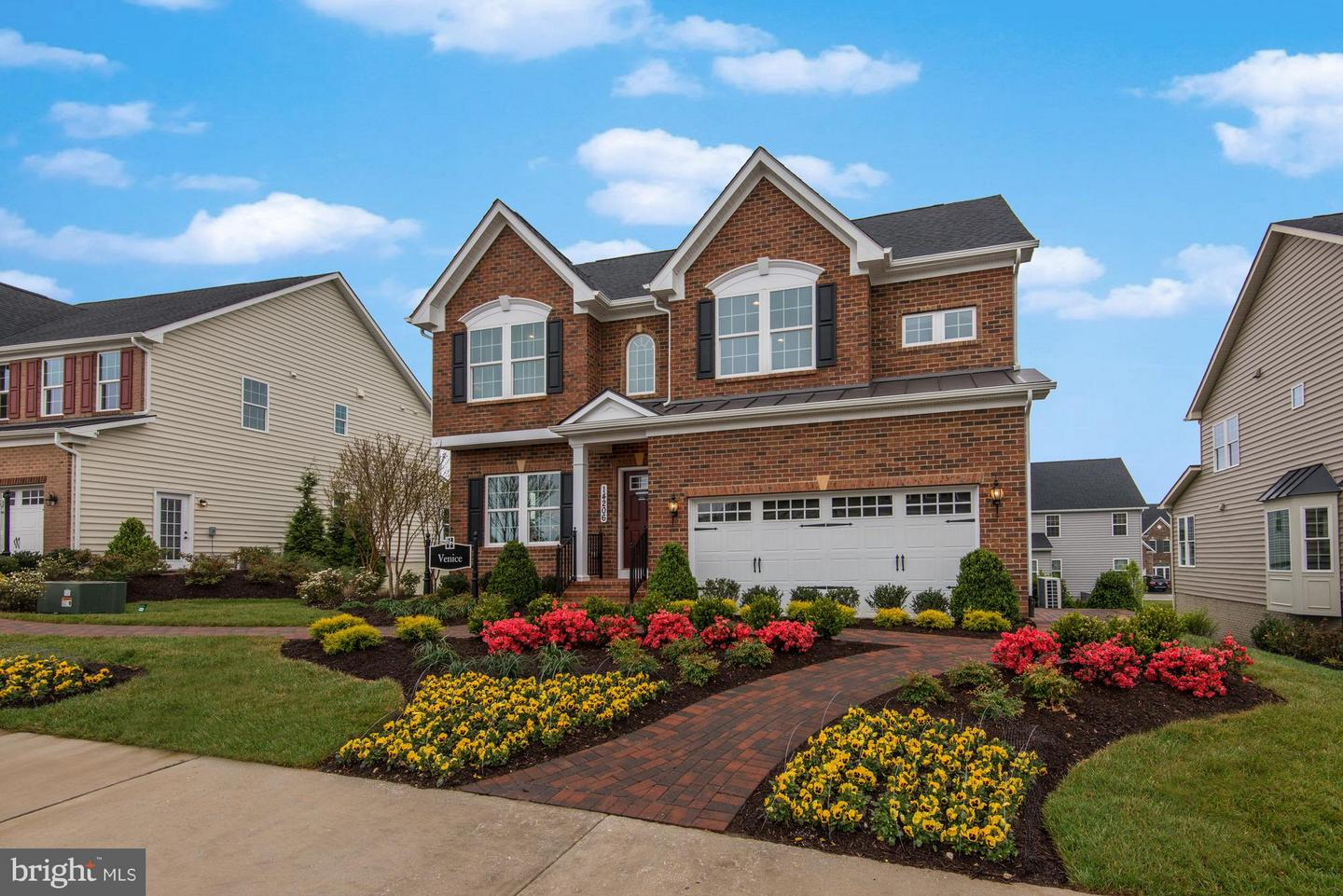 Photo of home for sale at 14622 Bentley Park Drive, Burtonsville MD