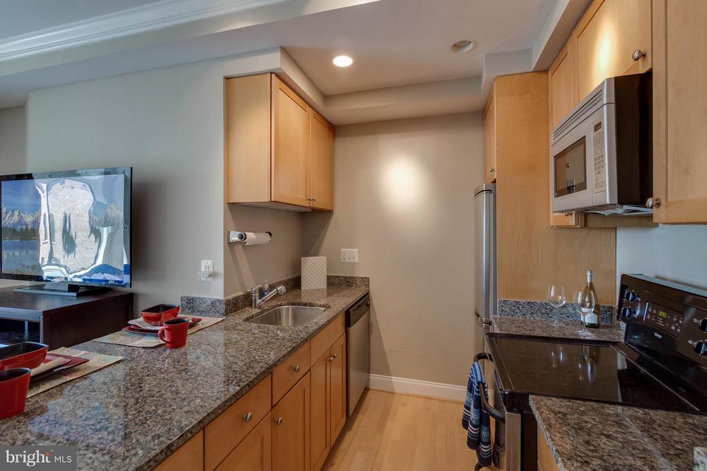 Kitchen - 1701 16TH ST NW #614, WASHINGTON