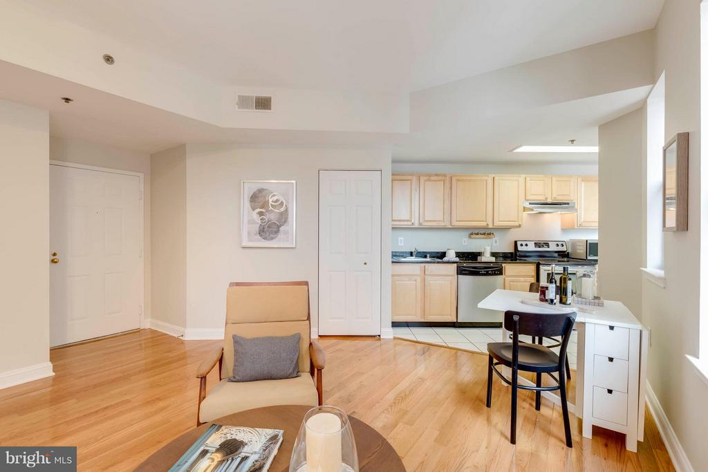 Living/Dining - 1621 T ST NW #707, WASHINGTON