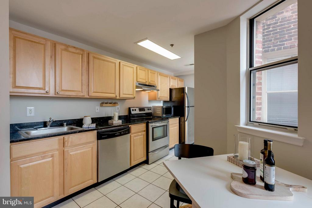 Kitchen/Dining - 1621 T ST NW #707, WASHINGTON
