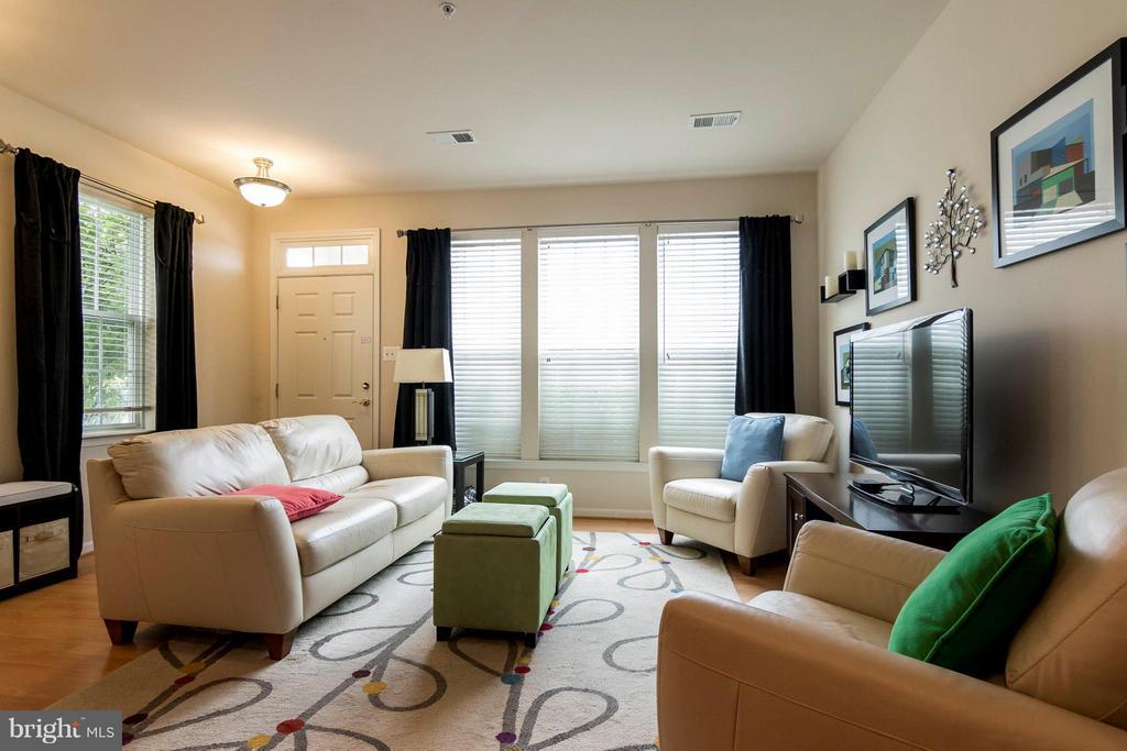 Living Room - 1852-A MONOCACY VIEW CIR #61A, FREDERICK