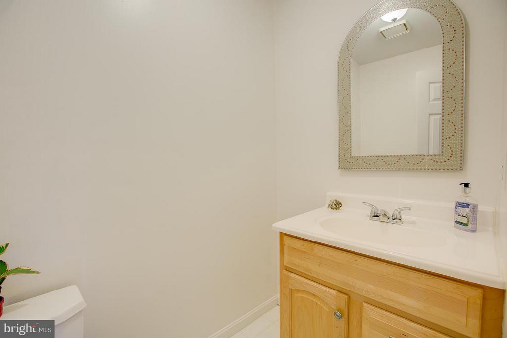 Half bath on main floor. - 9404 SECCA DR, FREDERICKSBURG