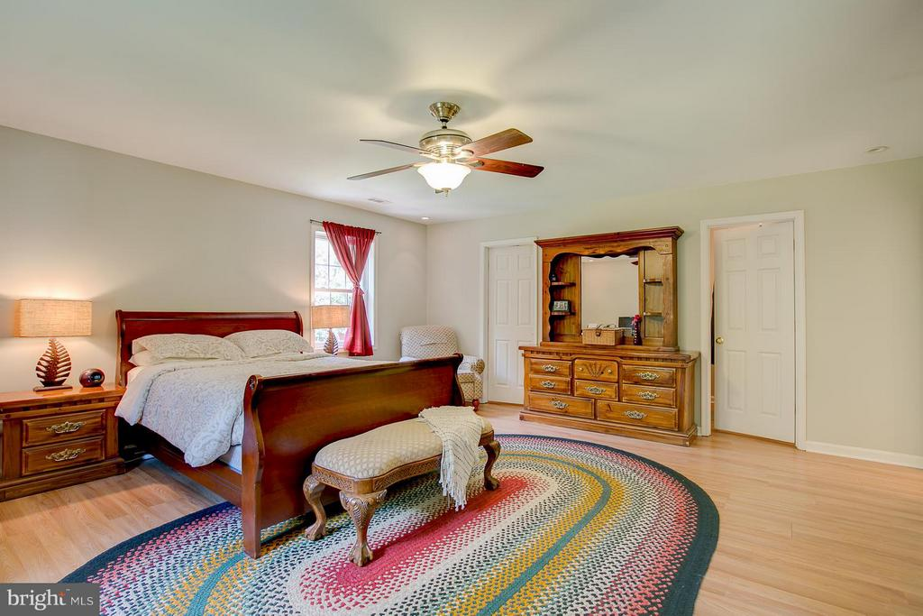 Master Bedroom with two walk in closets. - 9404 SECCA DR, FREDERICKSBURG
