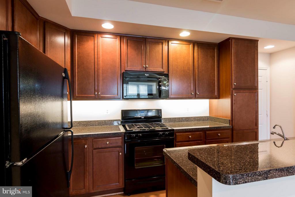 Kitchen - 1852-A MONOCACY VIEW CIR #61A, FREDERICK