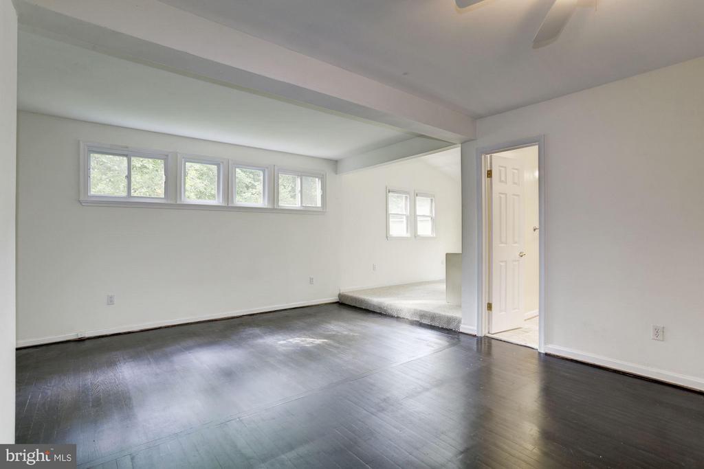 Master Bedroom (1 of 3) - 7218 BEACON TER, BETHESDA