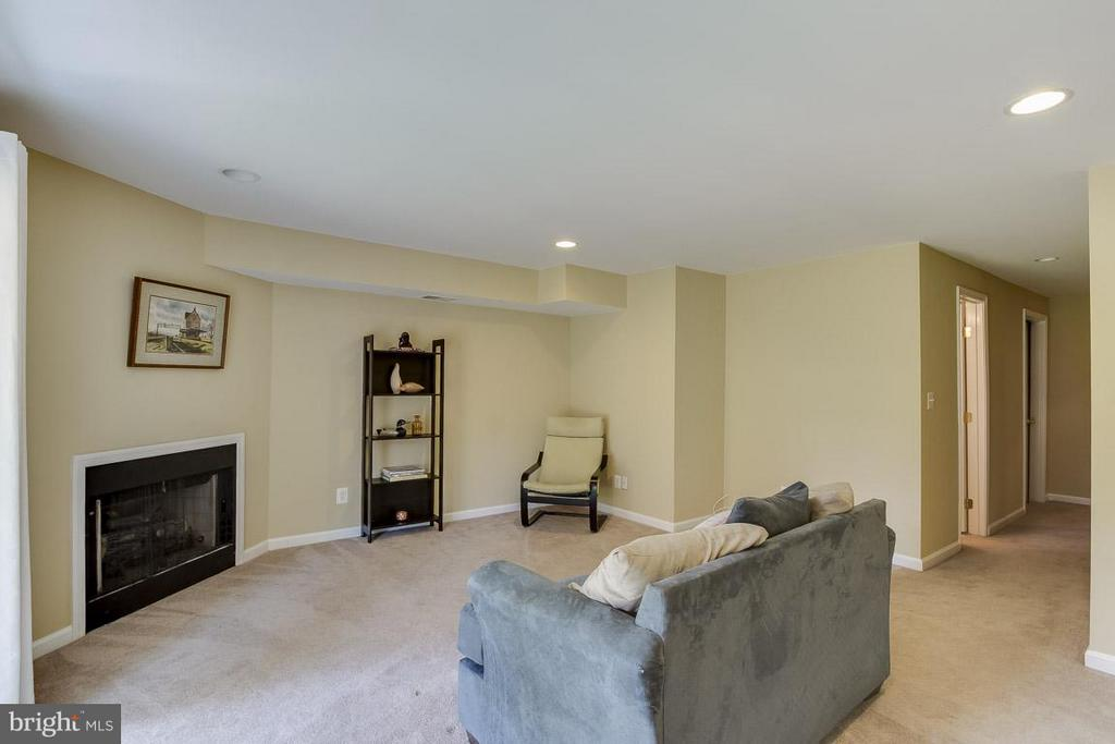 Use as Third Bedroom if Needed - 12131 WEDGEWAY PL, FAIRFAX