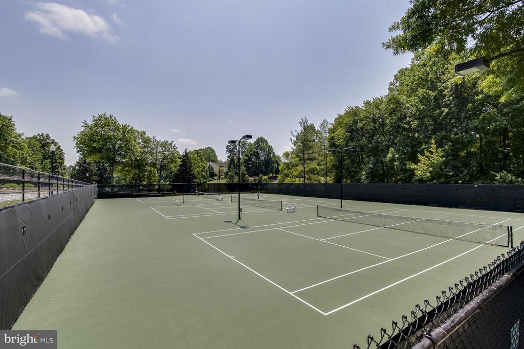 Community Tennis Courts - 12131 WEDGEWAY PL, FAIRFAX