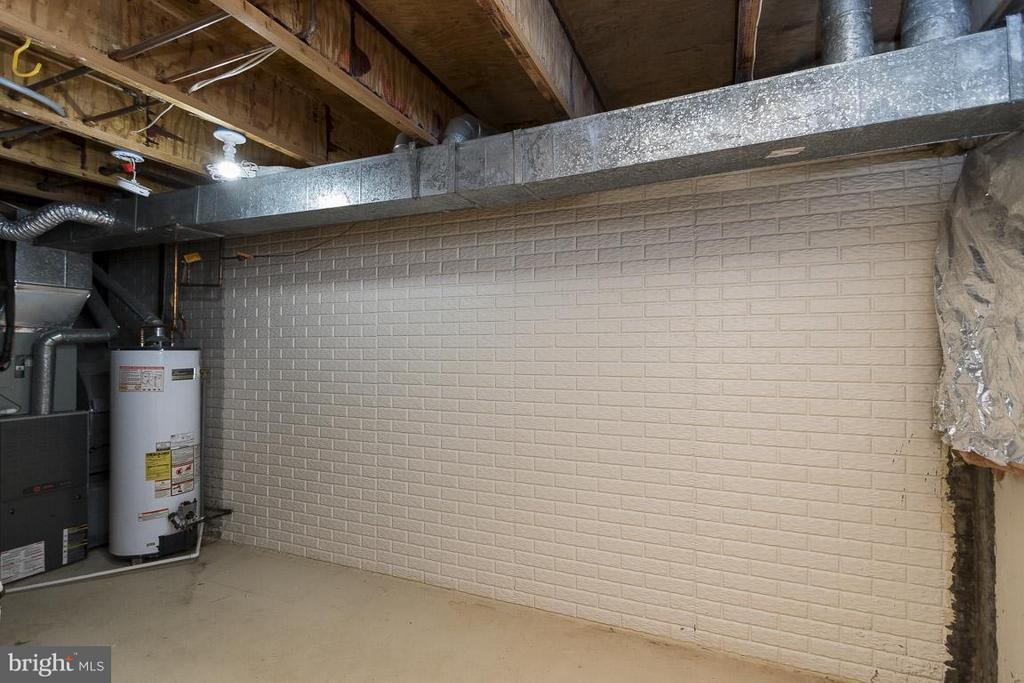 Ample Storage in Basement - 12131 WEDGEWAY PL, FAIRFAX