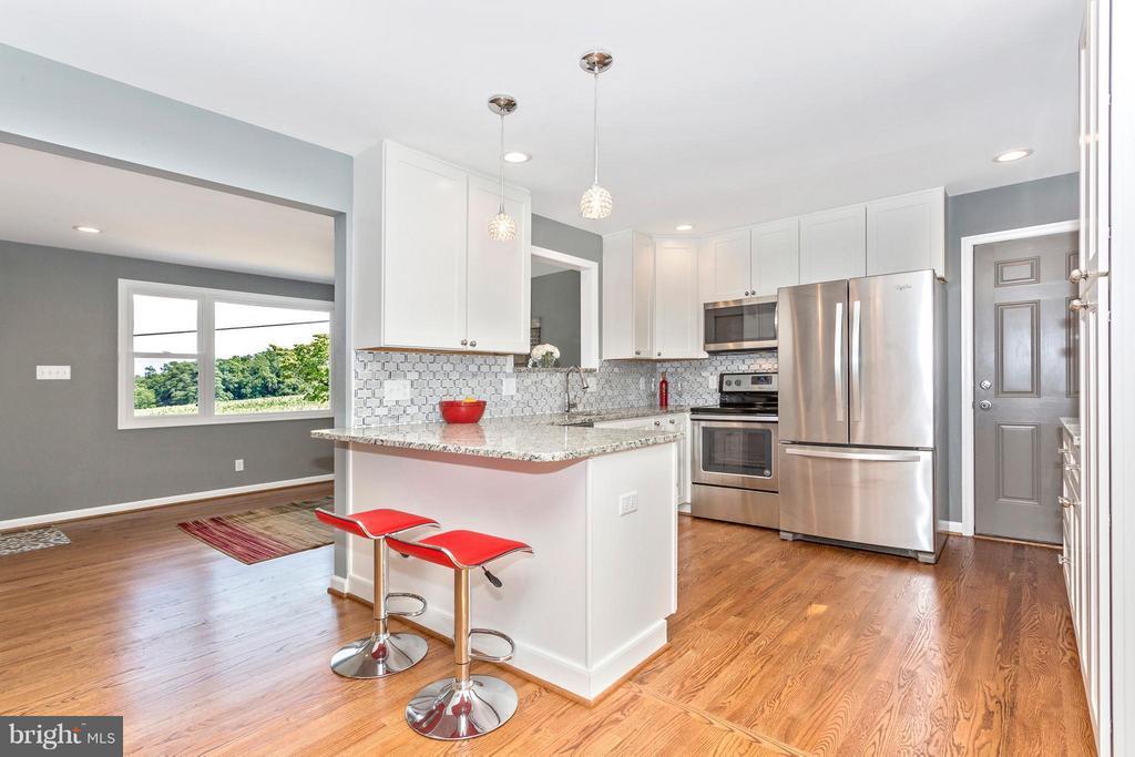 Kitchen - 3710 LAWSON RD, IJAMSVILLE
