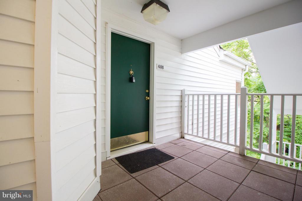 Exterior (Front) - 2050 CALVERT ST #408, ARLINGTON
