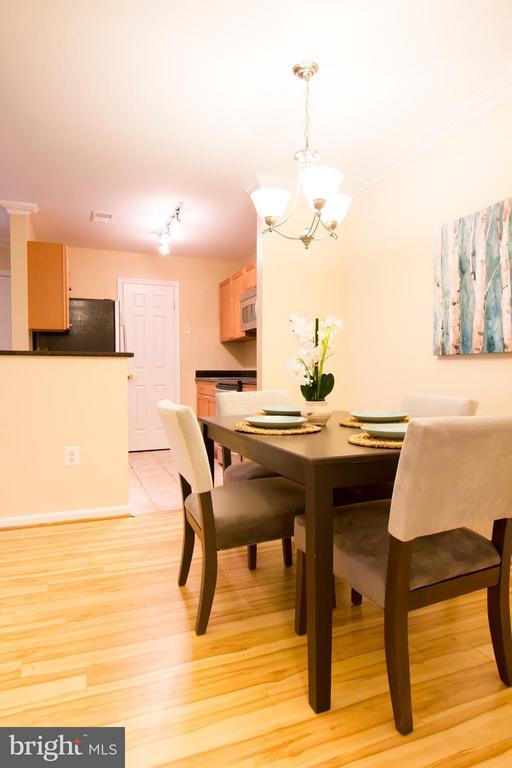 Dining Room - 2050 CALVERT ST #408, ARLINGTON