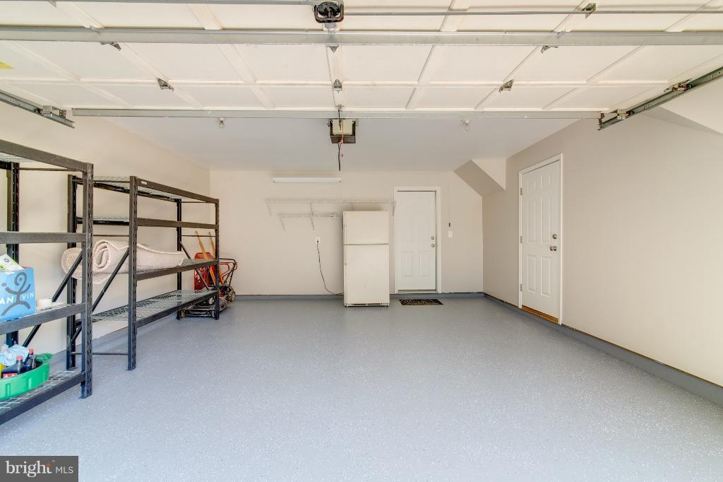 2 Car Garage with Storage - 5292 SANDYFORD ST, ALEXANDRIA