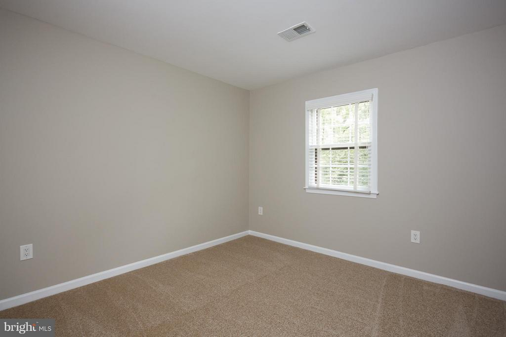 Both additional bedrooms are nice sized - 1905 WESTMORELAND ST N, ARLINGTON