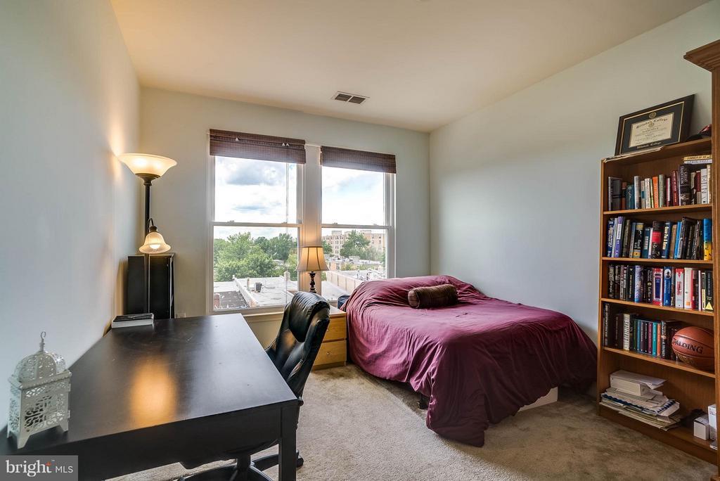 Bedroom - 1391 PENNSYLVANIA AVE SE #471, WASHINGTON