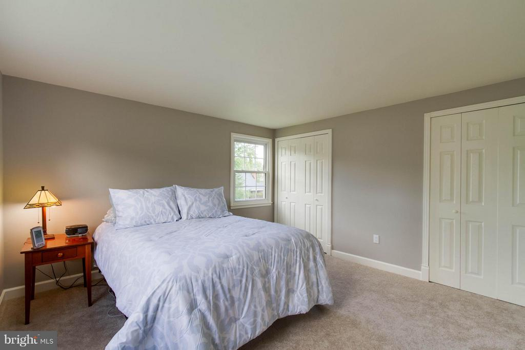 Big room, lots of closet space and so clean! - 13127 PENNYPACKER LN, FAIRFAX