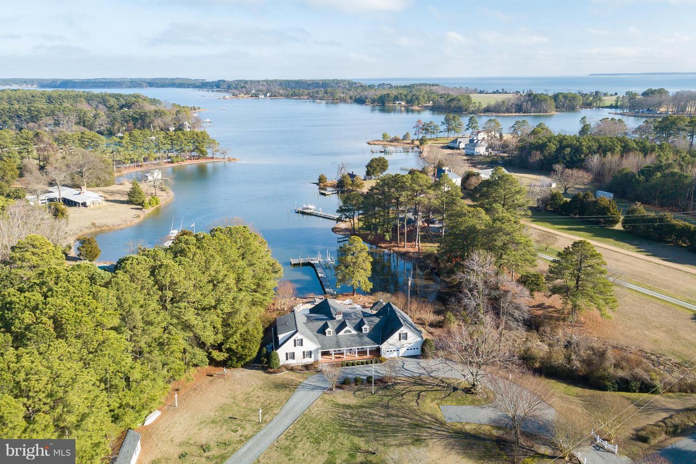 Single Family Homes للـ Sale في White Stone, Virginia 22578 United States