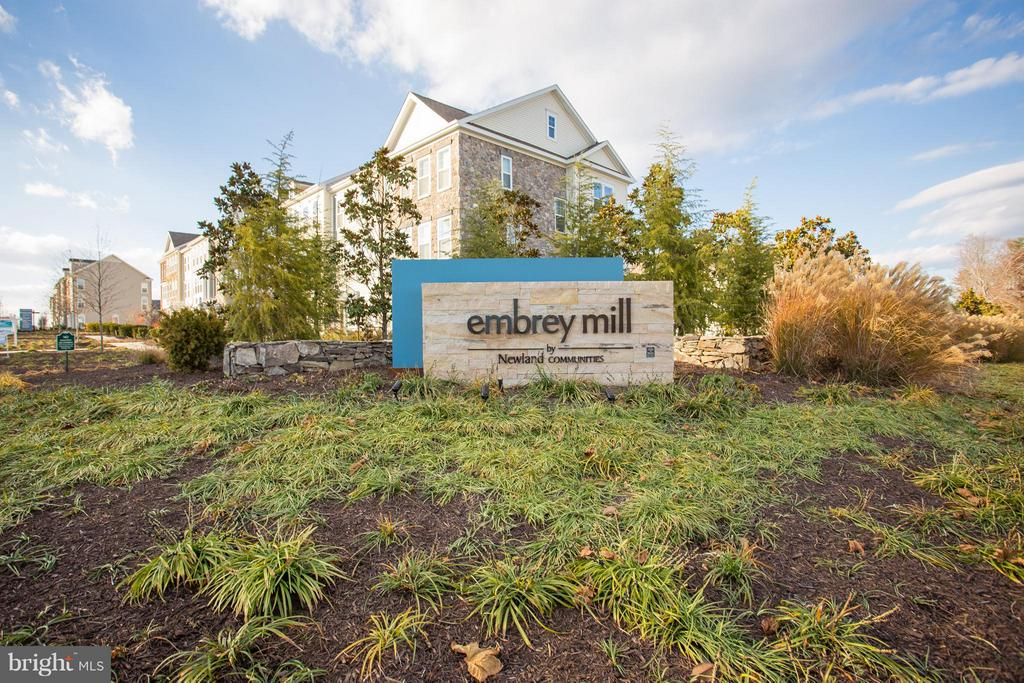 Welcome To Embrey Mill- It Has EVERYTHING! - 174 VERBENA DR, STAFFORD