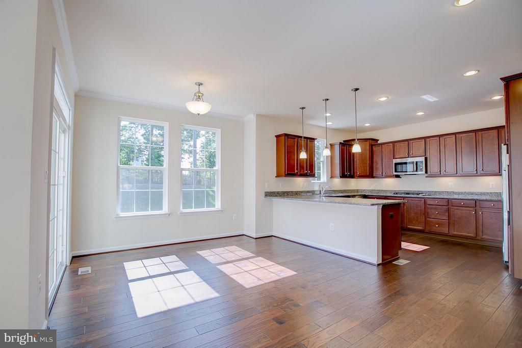 Dining Room Walks Out To 9 x 15 Composite Deck! - 174 VERBENA DR, STAFFORD