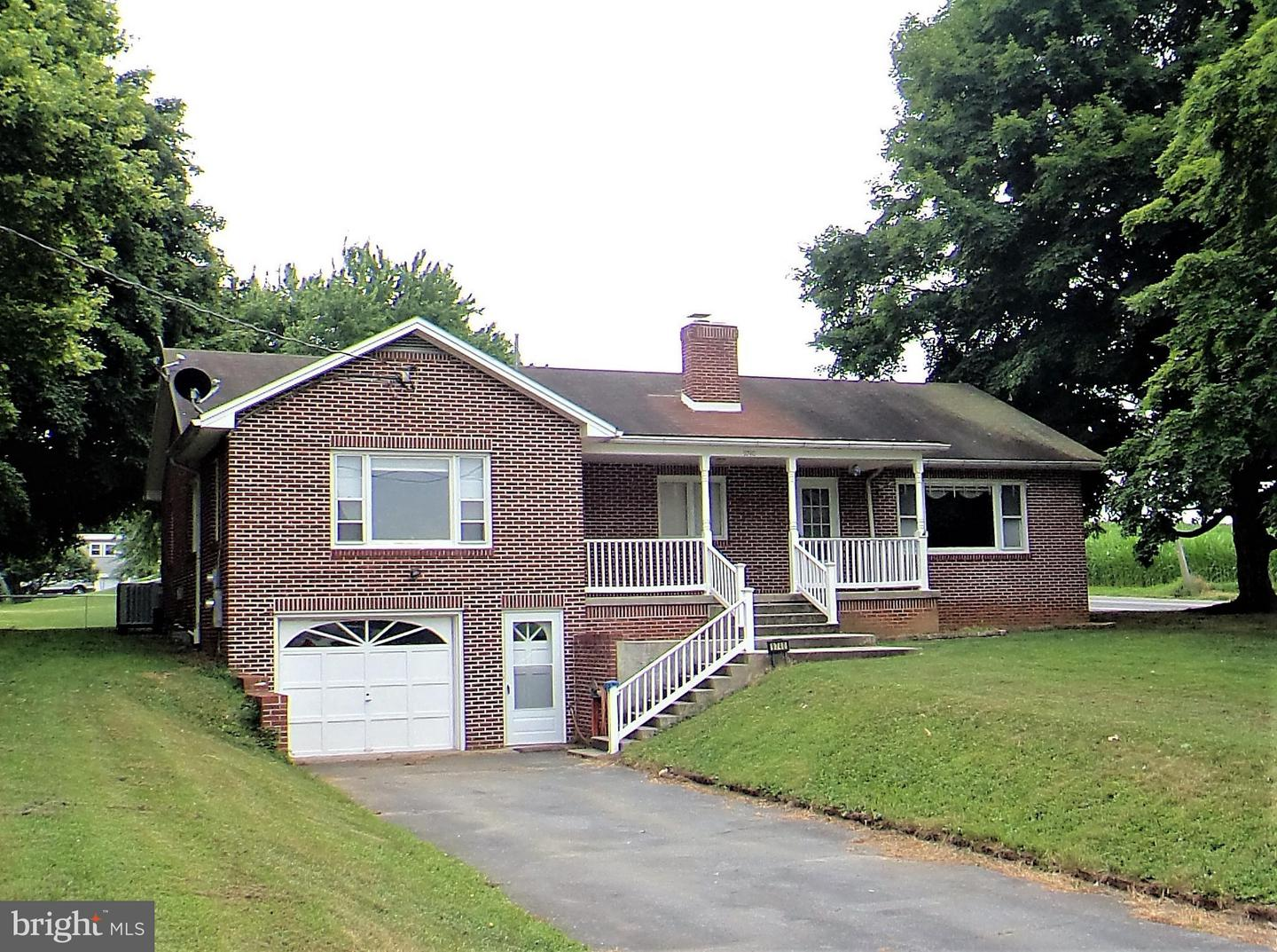 Single Family for Sale at 9740 Antrim Church Rd Greencastle, Pennsylvania 17225 United States