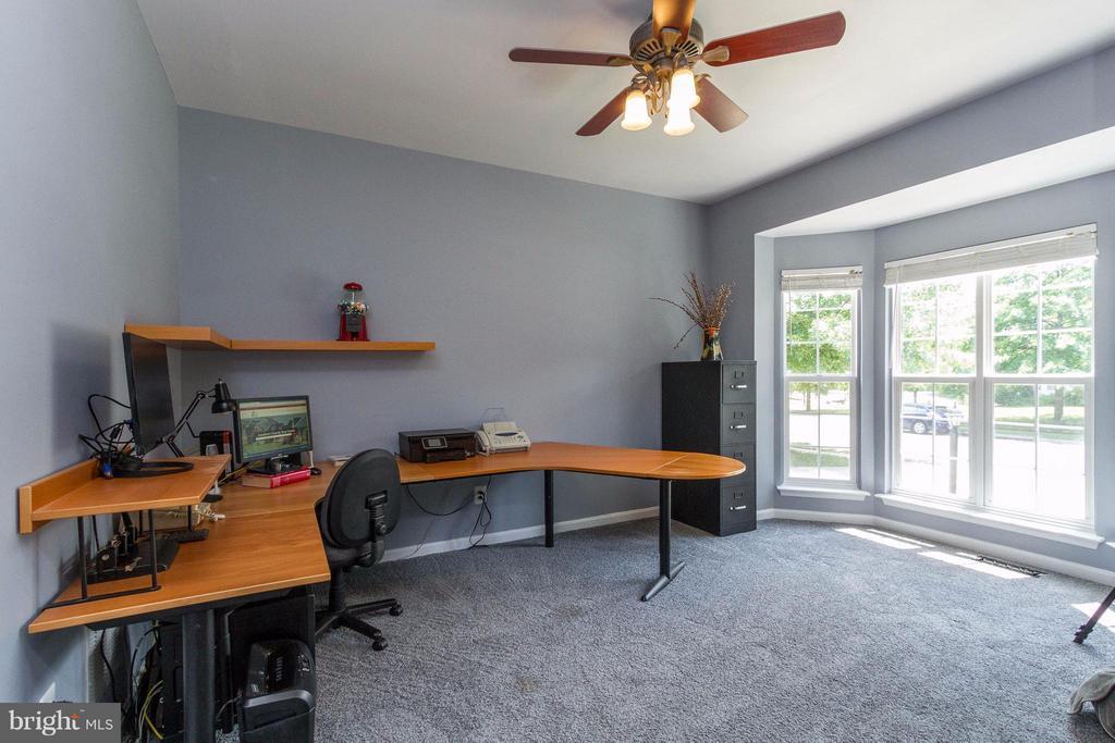 Office or study? - 320 ALABAMA DR, HERNDON