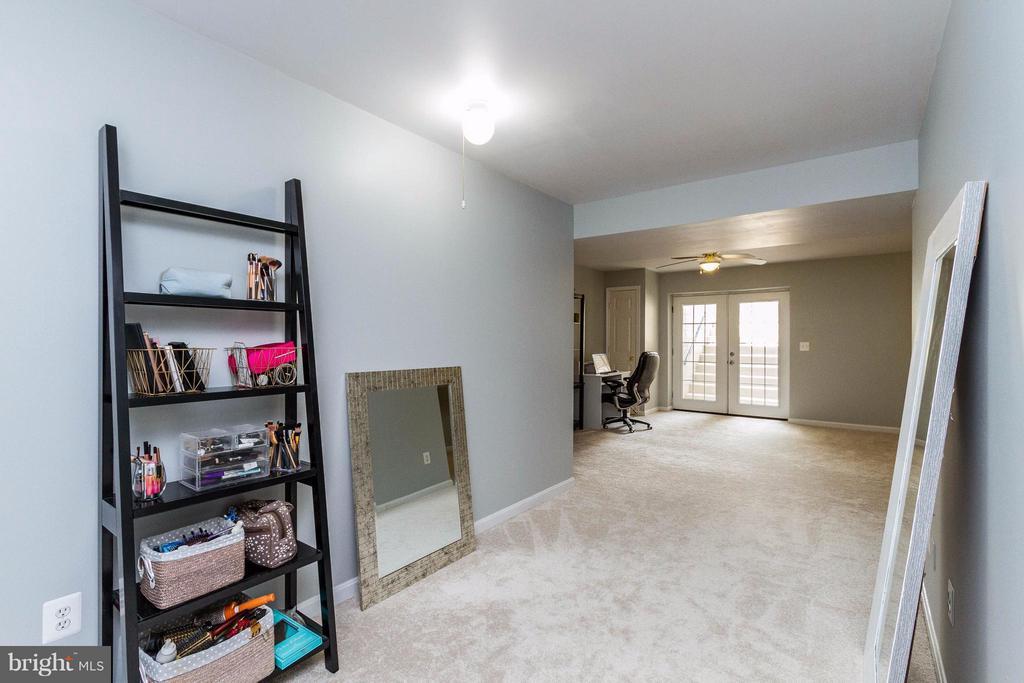 Fully finished basement - 320 ALABAMA DR, HERNDON
