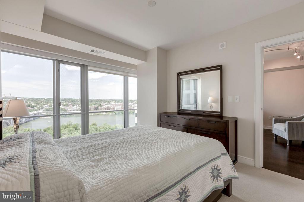 Master bedroom - 1111 19TH ST N #2001, ARLINGTON