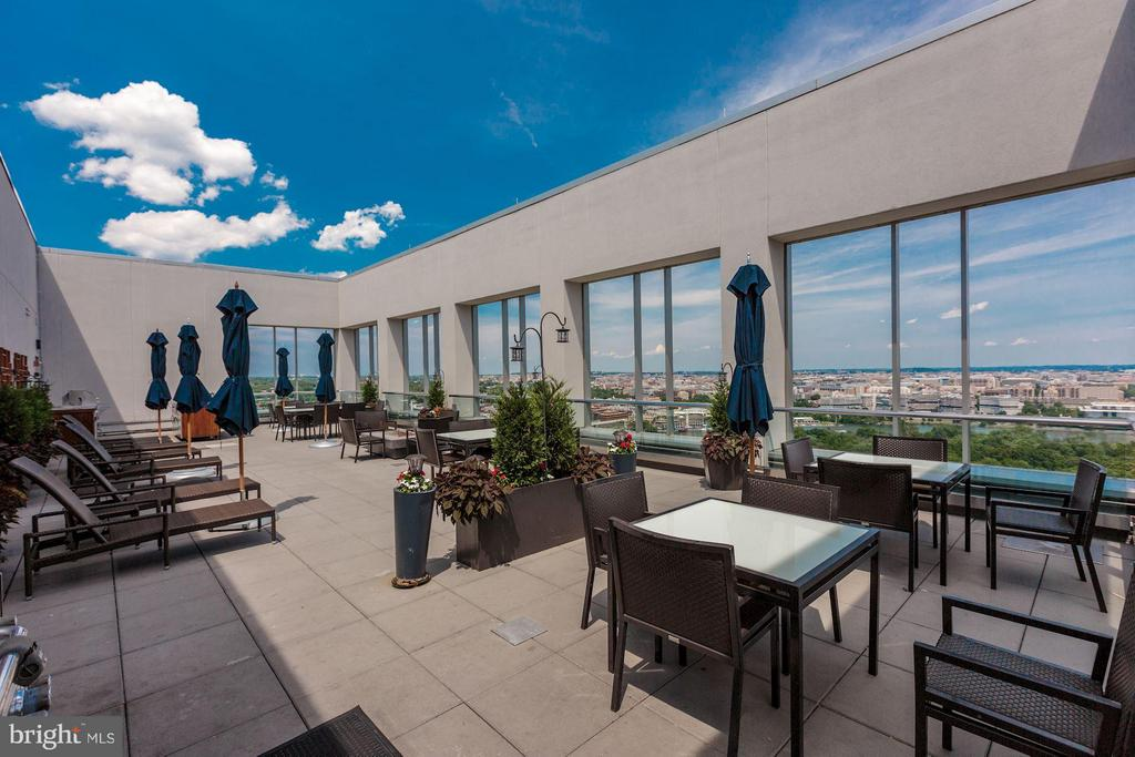 The best rooftop in the D.C. area - 1111 19TH ST N #2001, ARLINGTON