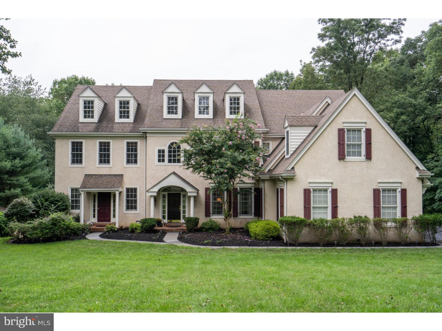 Single Family Home for Sale at 136 TIMBERLAKE Drive Media, Pennsylvania 19008 United States