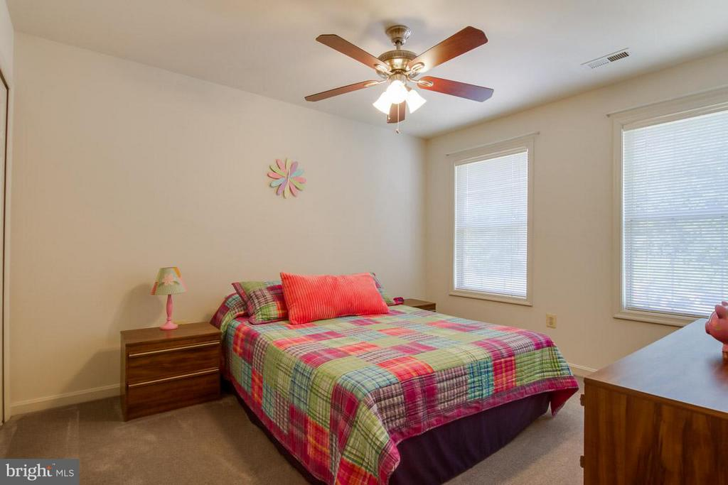 Bedroom 3 - 10 JUSTIN CT, STAFFORD