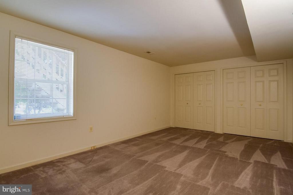 Bedroom 6 in Basement - 10 JUSTIN CT, STAFFORD