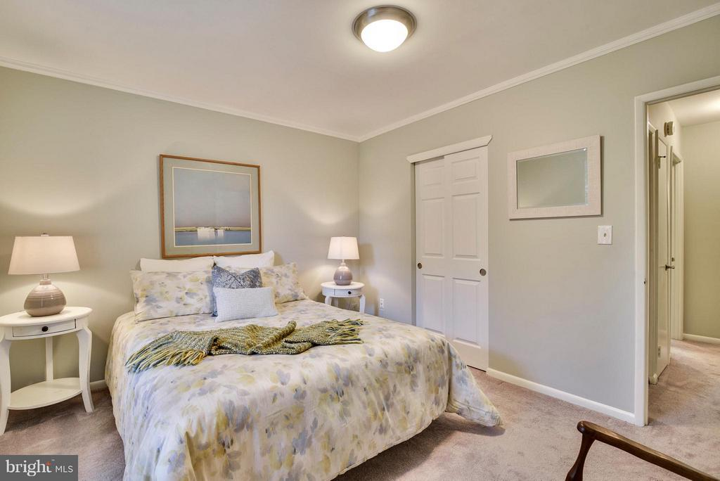 Two closets in the Master - 2846B WAKEFIELD ST S #B, ARLINGTON