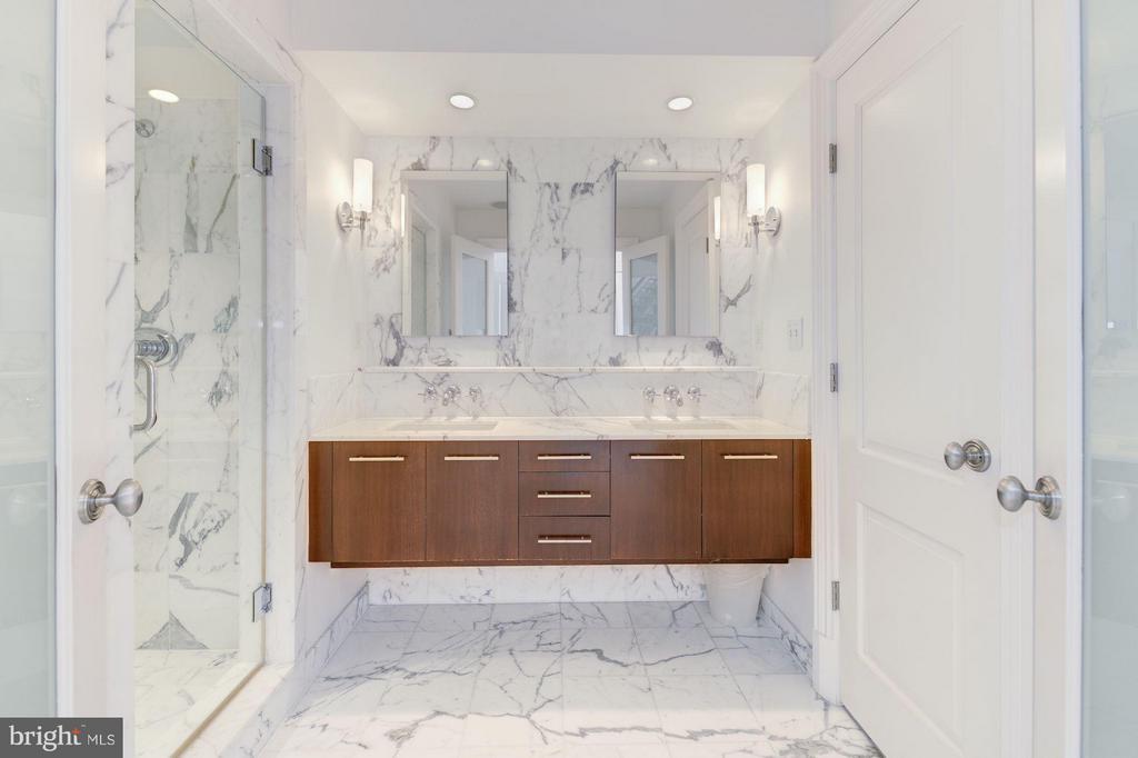 Master Bathroom - 1916 12TH ST NW #2, WASHINGTON