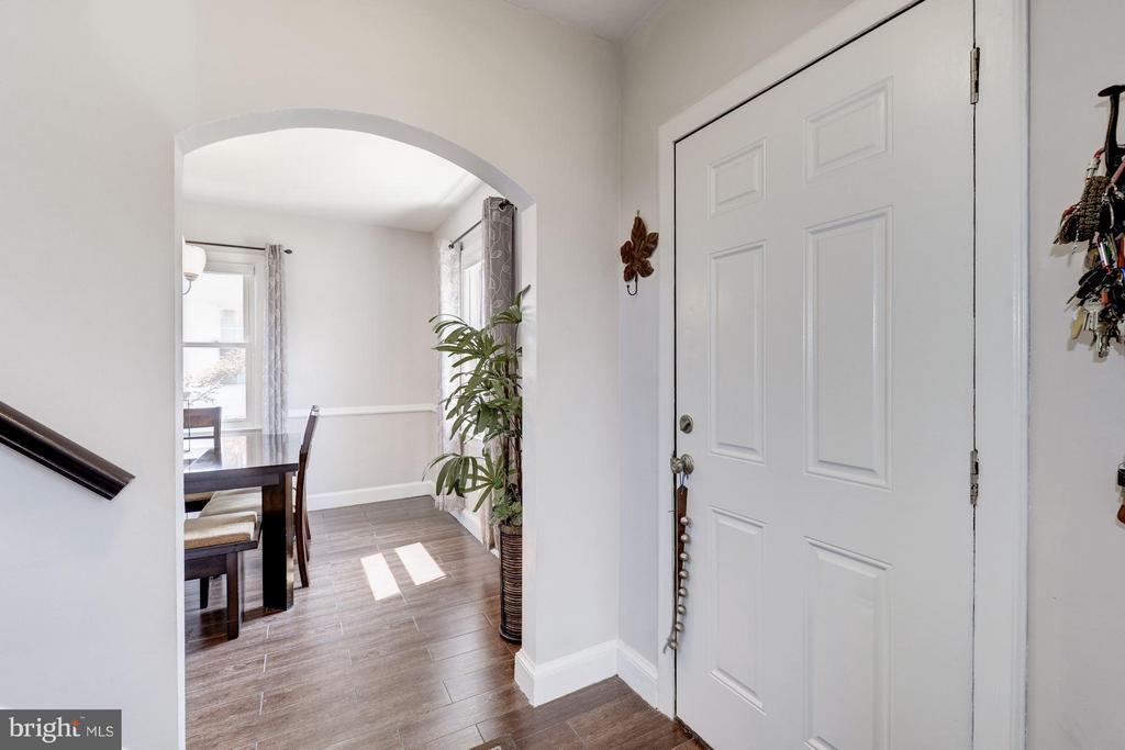 Interior (General) - 6208 SLIGO MILL RD NE, WASHINGTON