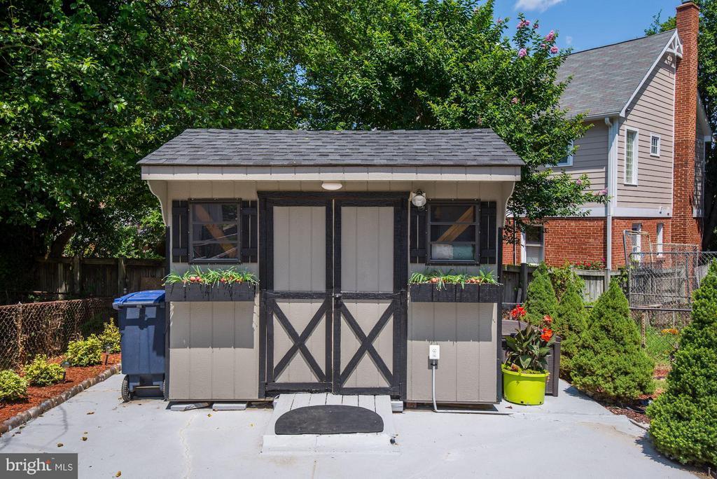 Exterior (Rear) - 6208 SLIGO MILL RD NE, WASHINGTON