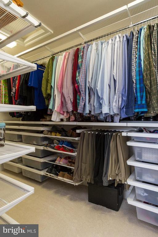 Custom Elfa closet system in Master Bedroom - 510 RED RASPBERRY TER, LEESBURG