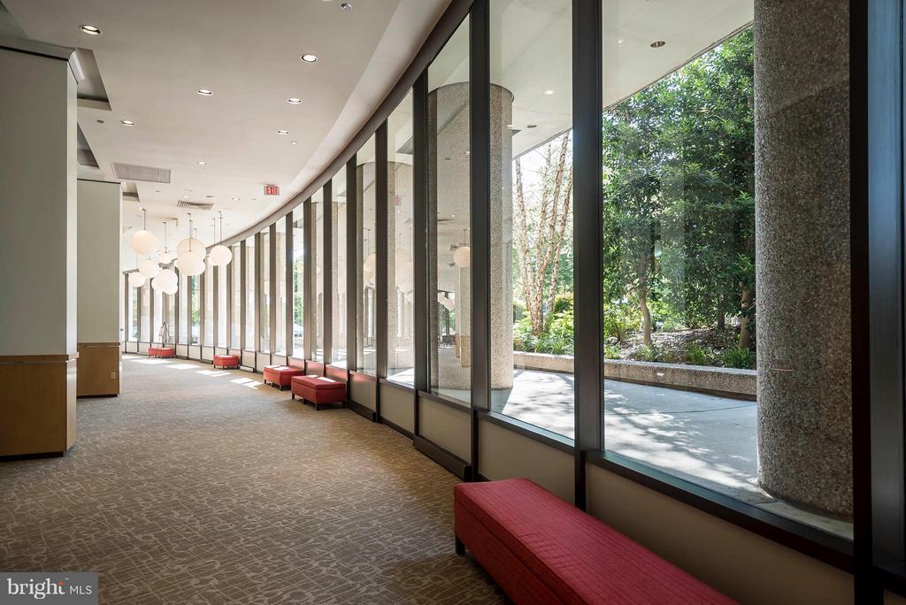 Lobby filled with natural light. - 1300 CRYSTAL DR #1301S, ARLINGTON