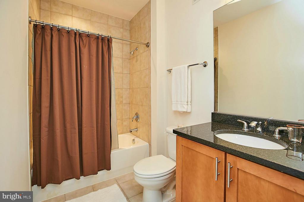 Bath (Master) - 1800 WILSON BLVD #128, ARLINGTON