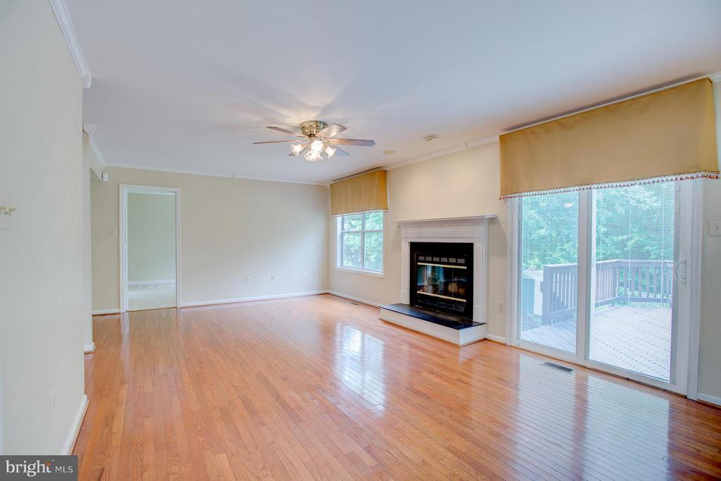 Sliding glass doors lead  to the large deck - 40 DOROTHY LN, STAFFORD