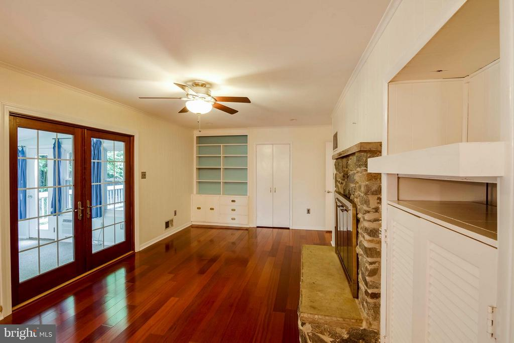 French door to sunroom - 7732 OAK ST, FALLS CHURCH