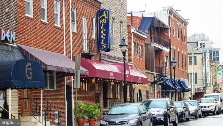 Little Italy is nearby - 6907 FENWAY, BALTIMORE