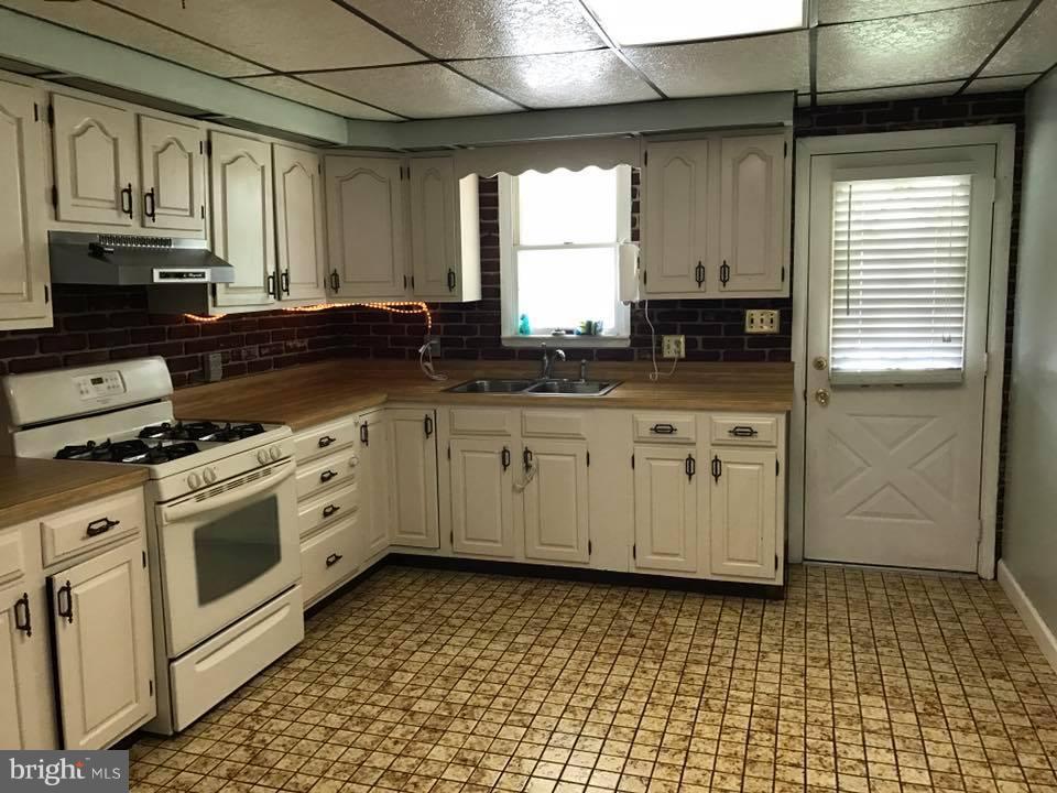 Kitchen - 6907 FENWAY, BALTIMORE