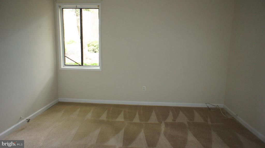 Second Bedroom - 507 FLORIDA AVE #T2, HERNDON