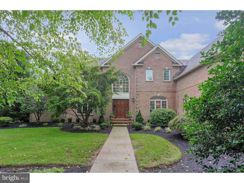 Частный односемейный дом для того Продажа на 50 BLUE HERON WAY Skillman, Нью-Джерси 08558 Соединенные ШтатыВ/Около: Montgomery Township