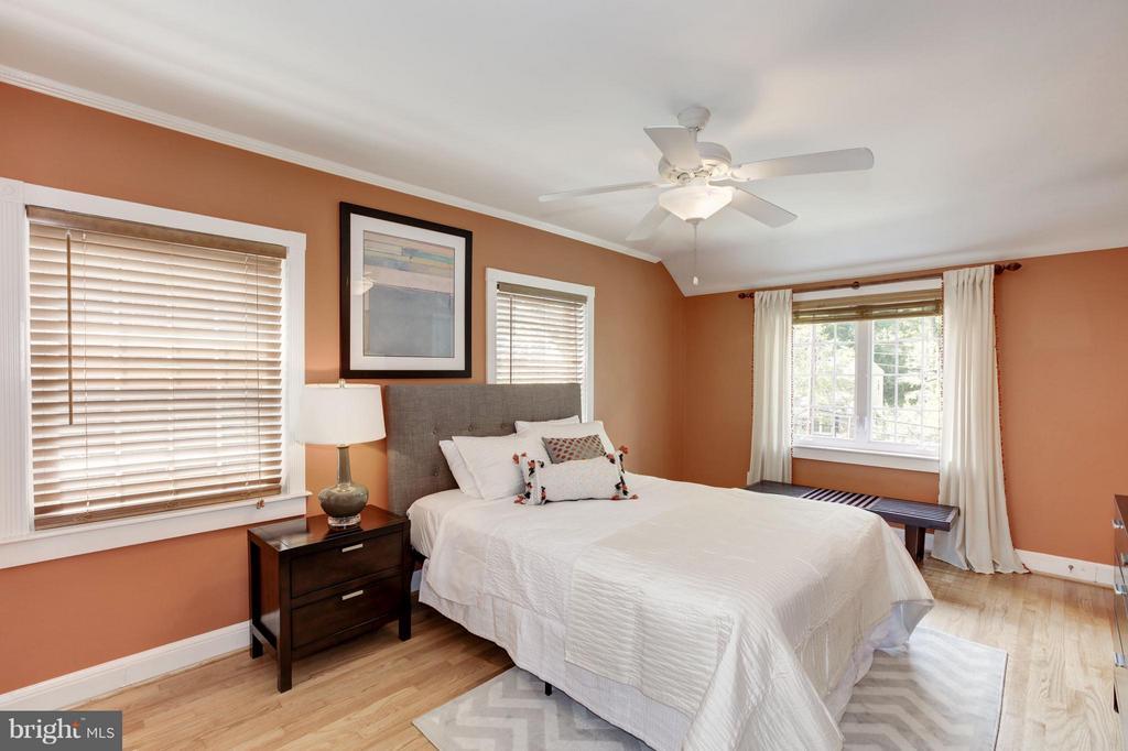 Bedroom (Master) - 3638 VACATION LN, ARLINGTON