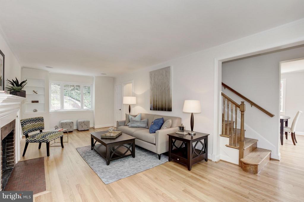 Living Room - 3638 VACATION LN, ARLINGTON