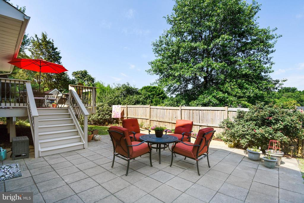 you have a patio too. - 5802 FLAXTON PL, ALEXANDRIA
