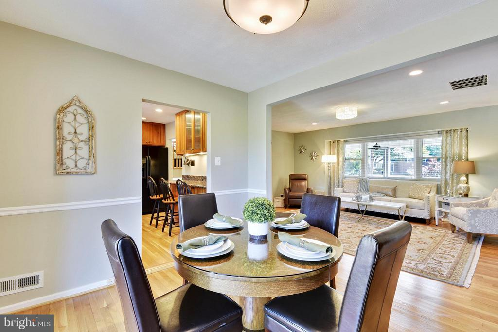 Dining Room flows beautifully into living room - 5802 FLAXTON PL, ALEXANDRIA