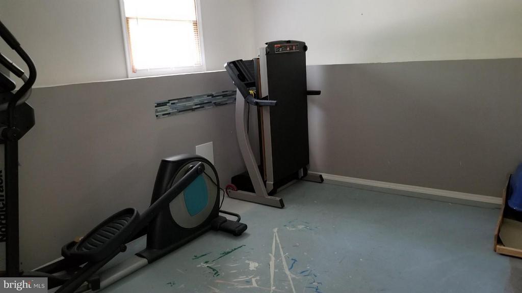 Extra Room for mancave, workout room, etc. - 12811 PLANTATION DR, SPOTSYLVANIA